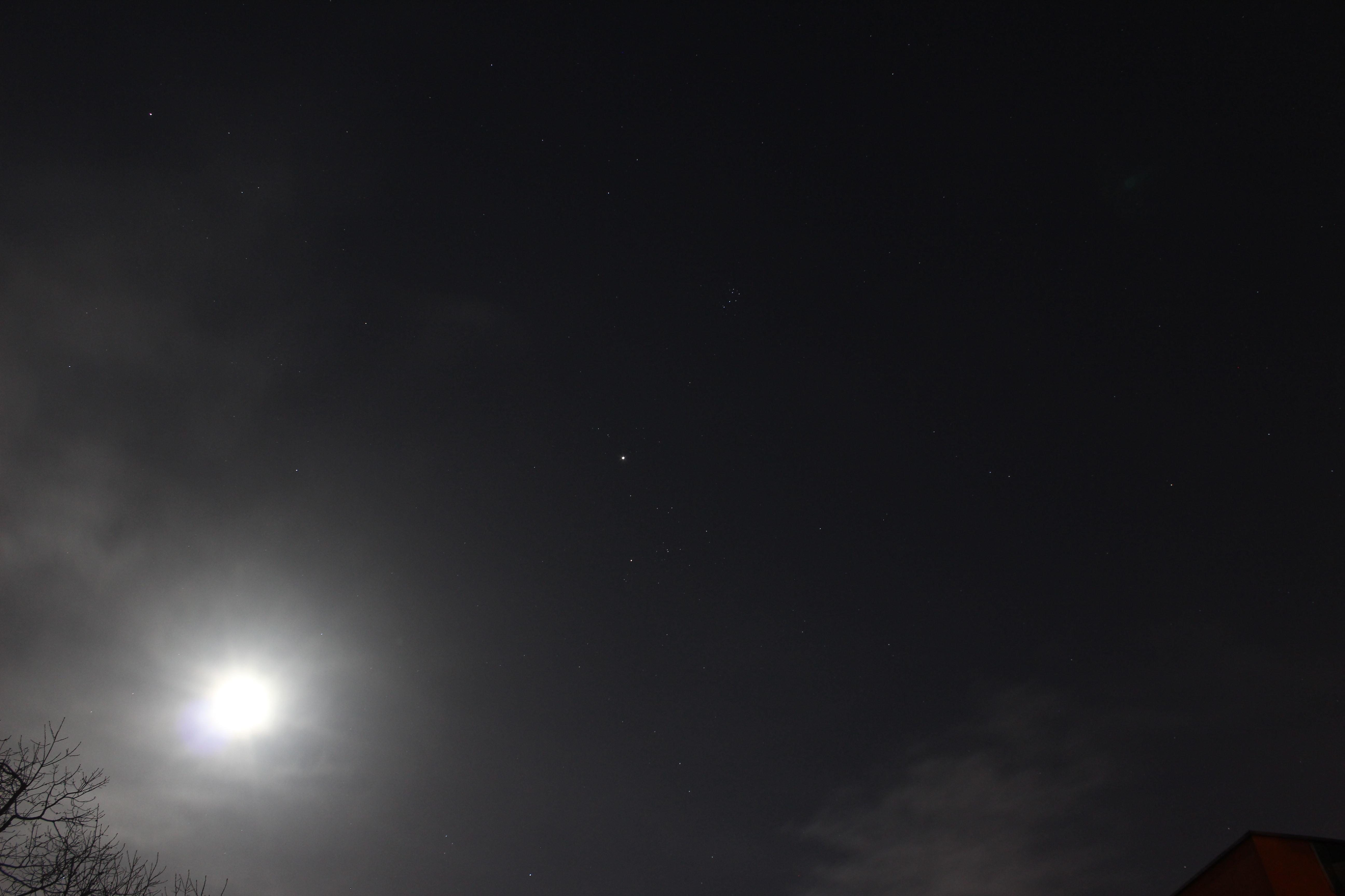 Bild 3 vom 26.12.2012 – F/5.6; ISO-400; 18 mm Brennweite; Belichtungszeit 8 Sek.