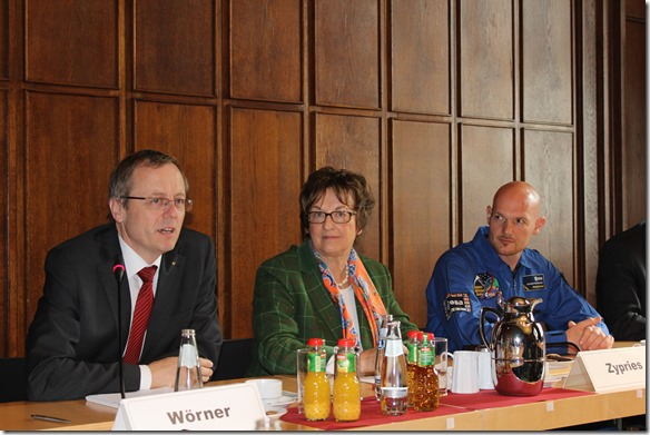 Herr Wörner, Frau Zypriss, Alexander Gerst