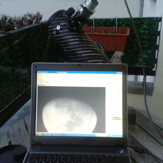 Aufnahme Mond mit dem FirstScope Teleskop