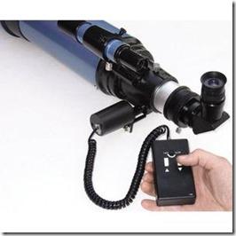 Skywatcher-Fokusiermotor-fuer-Refraktoren
