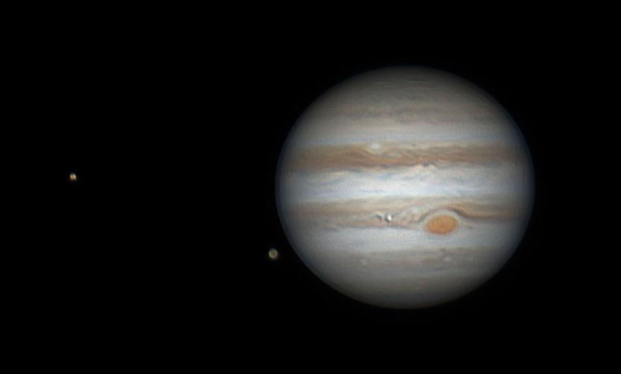 Jupiter mit Monden Ganymed und Io