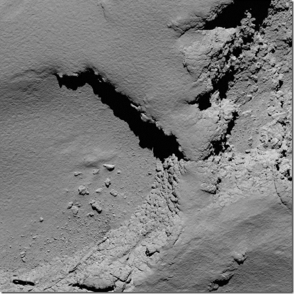 Comet_from_5.8_km_narrow-angle_camera_node_full_image_2